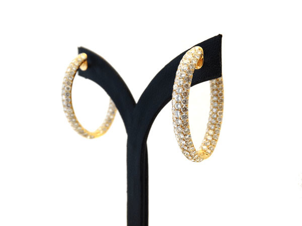 18ct Diamond Set Oval Earrings