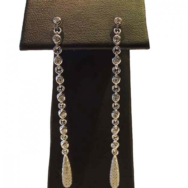 18ct Diamond Drop Earrings