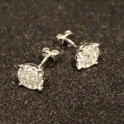 Diamond stud cluster earring