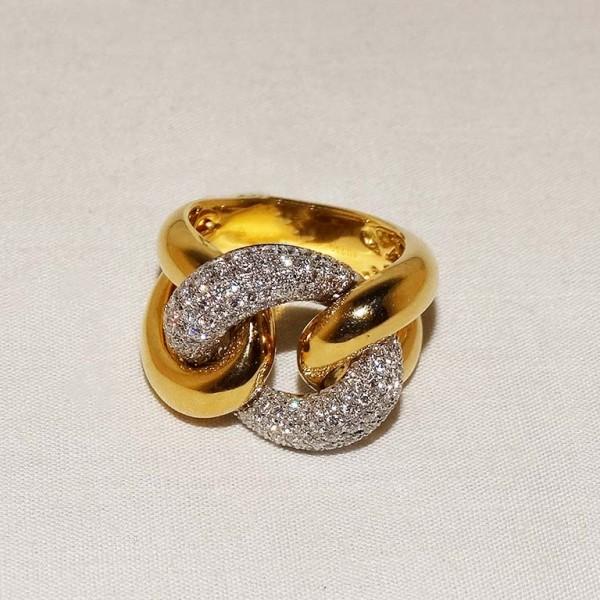 Pavé set chain ring